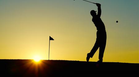 golfeur sur le green